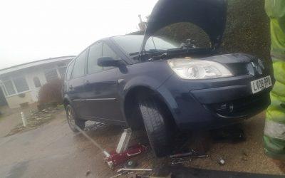 Renault timing belt & water pump, East Sussex